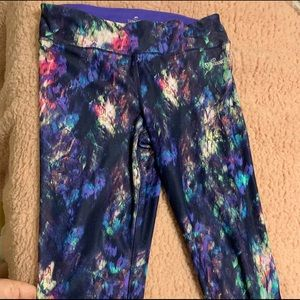 Colorful cropped leggings